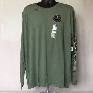 Nike Kyrie Irving L/S Shirt. Never worn, with tags
